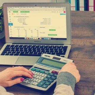 Quelle est l'importance de la facture électronique pour l'entreprise et ses fournisseurs?
